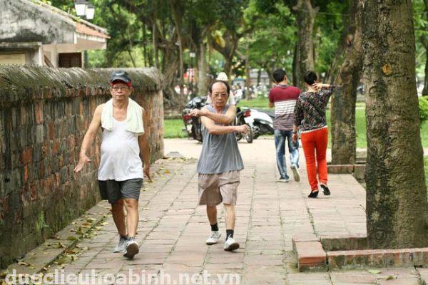 Người bệnh tiểu đường nên tích cực tập thể dục