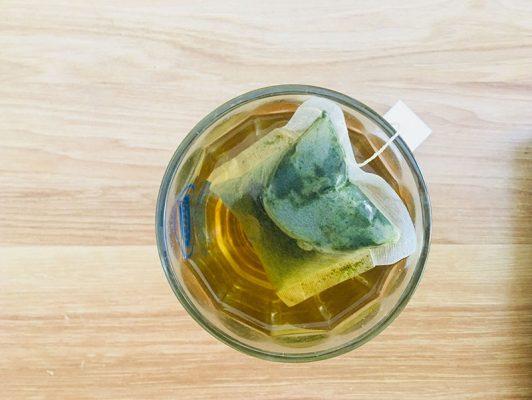 Uống trà xạ đen túi lọc vào buổi tối và những lưu ý 1