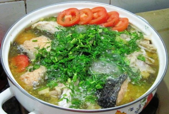 Canh cá diếc thì là giúp ích khí, cường bì, ấm tỳ vị